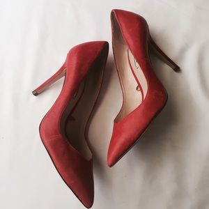 Zara } red pointed heels